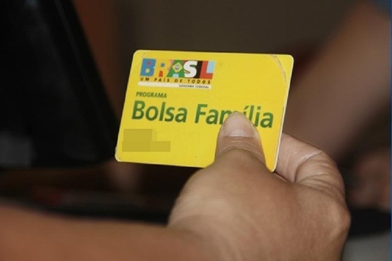 Famílias baianas são as que mais recebem Bolsa-Família, diz avaliação