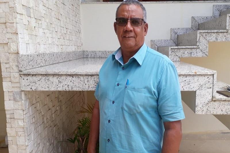 Líder religioso e ex-vereador crítica atual cenário político no Poder Legislativo de Brumado