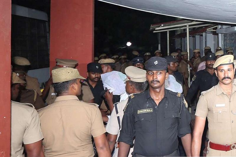 Menina de 12 anos deficiente é estuprada por 22 homens durante sete meses na Índia