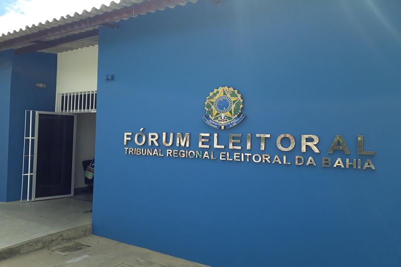 Brumado: 90ª Zona Eleitoral convoca eleitores para regularização de pendências