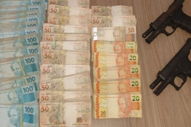 Quatro suspeitos de participarem de ataques simultâneos a bancos em Correntina morrem em confronto com a PM